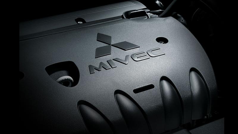 Mitsubishi Outlander Vận Hành 2